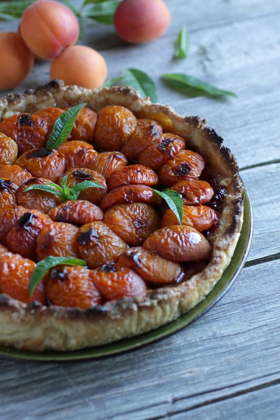 Tarte aux abricots et verveine
